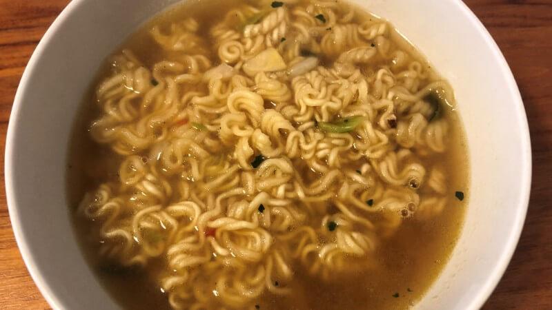 農心カムジャ麺の作り方と味