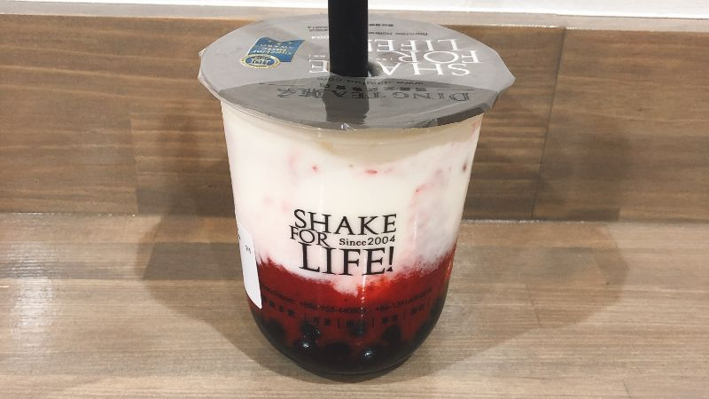 DINGTEA(ディンティー)鶴橋のイチゴミルクの味は?